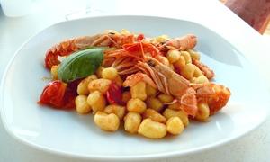Ristorante Le Lanterne: Menu di pesce con dessert e calice di vino per 2 o 4 persone al Ristorante Le Lanterne (sconto fino a 59%)