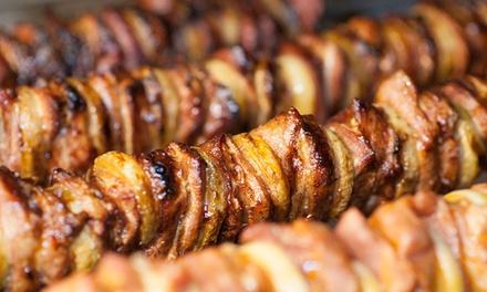 Zestaw z szaszłykiem, frytkami, surówkami oraz sosami dla 2 osób za 34,99 zł i więcej w Szaszłykarni – 3 lokalizacje