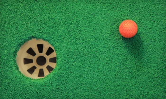 Jungle Putt - Niagara Falls: $10 for Four Rounds of Mini Golf at Jungle Putt (Up to $26 Value)