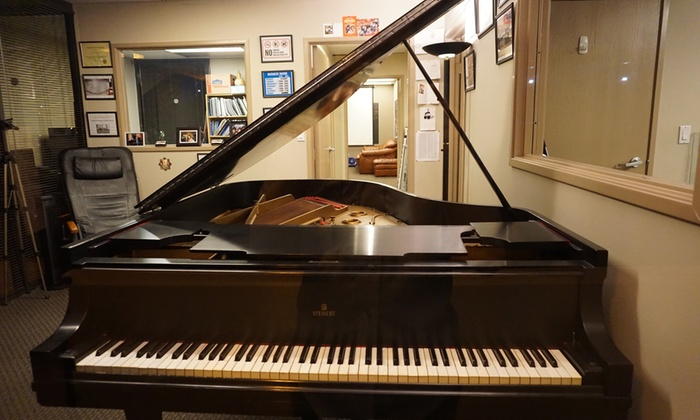 TK Musik Akademy - Kearny Mesa: Four Group or Private Piano Lessons at TK Musik Akademy (Up to 56% Off)