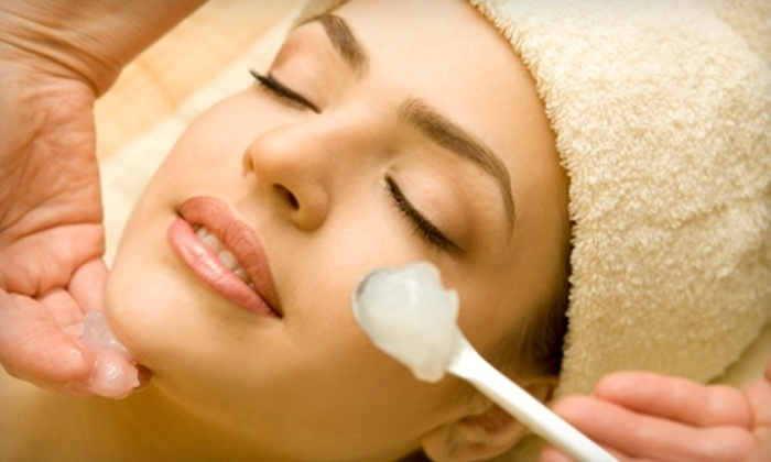 Salon 44 Spa - Ravenswood: $40 for a European Facial ($85 Value) or $50 for a Microdermabrasion Facial ($110 Value) at Salon 44 Spa