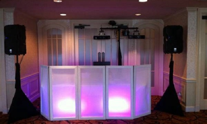 Bang for Your Buck Mobile DJ - Affton: Four Hours of DJ Services from Bang for your Buck Mobile DJ (45% Off)