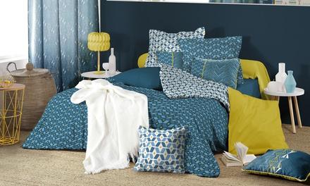 Pack complet linge de lit, une housse de couette, deux taies doreiller, un drap housse uni
