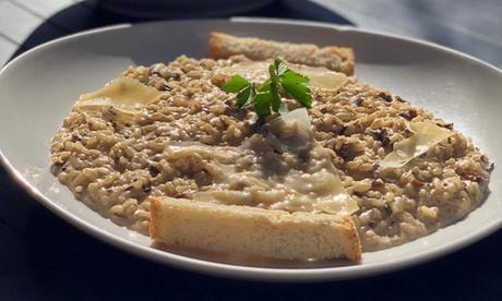 Menú italiano para 2 o 4 personas con entrante, principal, postre o café y bebida desde 22,99 € en Twenty Restaurant