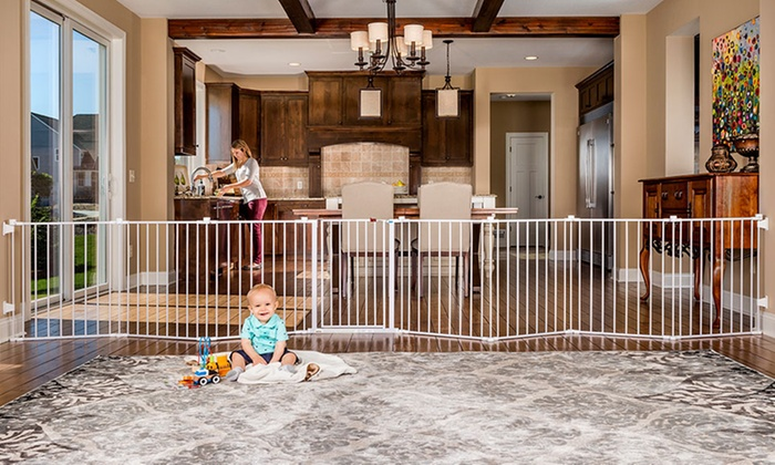 Up To 32 Off On Regalo 4 In 1 Safety Gate Groupon Goods