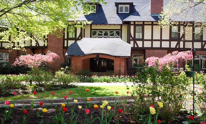 Gramercy Mansion  - Baltimore: One-Night Stay for Two at Gramercy Mansion in Baltimore. Two Options Available.