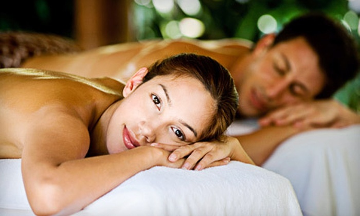 Spa Vargas - Bloomingdale: $139 for a One-Hour Hot-Stone Couples Massage with Champagne Mimosas at Spa Vargas in Bloomingdale ($270 Value)