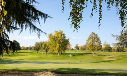 immagine per 3 o 5 ingressi al campo da golf con buche illimitate per 1 o 2 persone da Castell'Arquato Golf Club (sconto fino a 91%)