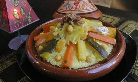 Degustación marroquí para 2 o 4 con sopa, ensalada, entrantes, principal, dulce y bebida desde 24,90 € enAndalus
