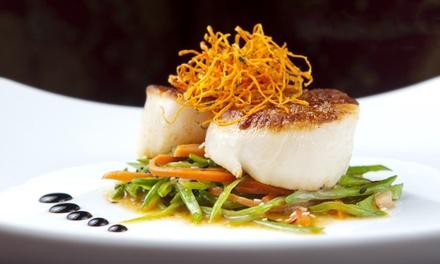 Menu raffiné avec entrée, plat et dessert au choix à la carte pour 2 ou 4 convives dès 39,90 € au Restaurant Séraphin