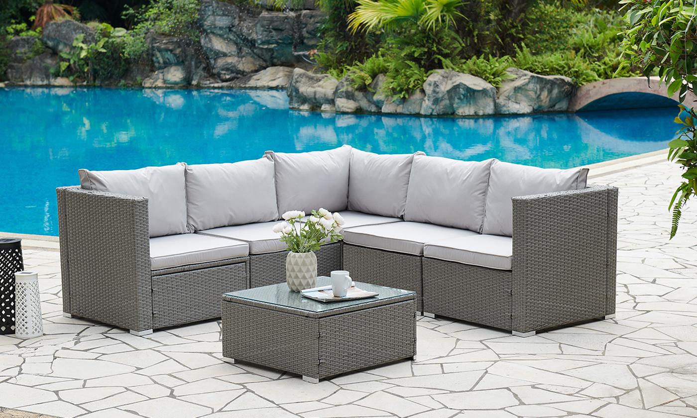 Miami Rattan-Effect Five-Seater Outdoor Set with Coffee Table and Optional Cover (£399.98)