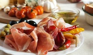 Toto e peppino: Menu tipico con 11 antipasti, dolce e vino per 2 o 4 persone da Toto e Peppino (sconto fino a 67%)