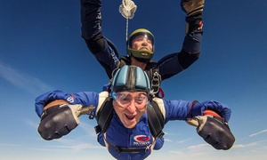 Skydive Hibaldstow - The UK's Highest: 15.000 Feet Tandem Skydiving Experience with Skydive Hibaldstow, UK's Highest Skydive
