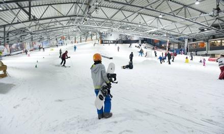 8 uur snowboarden of skiën inclusief materiaalhuur bij Sporttainment Center De Uithof in Den Haag