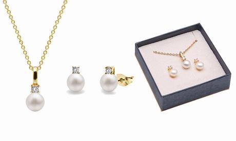 Pendentif et boucles d'oreilles en perles d'eau douce et cristaux