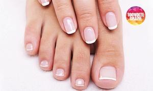 GLAM PARRUCCHIERI (PIAZZA DE ANGELI): 3 o 5 manicure e pedicure estetici con smalto classico o semipermanente da Glam Parrucchieri (sconto fino a 91%)