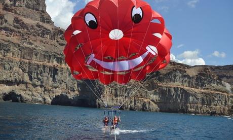Parasailing para 2 personas por 39,90 € con AquaSports, 3 ubicaciones disponibles