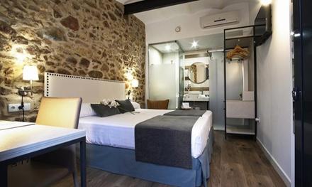 Benicasim: 1, 2 o 3 noches en habitación doble para 2 personas con desayuno en Hotel Solea House