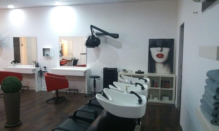 Rdv chez le coiffeur coiffure art d co groupon - Shampoing salon de coiffure ...