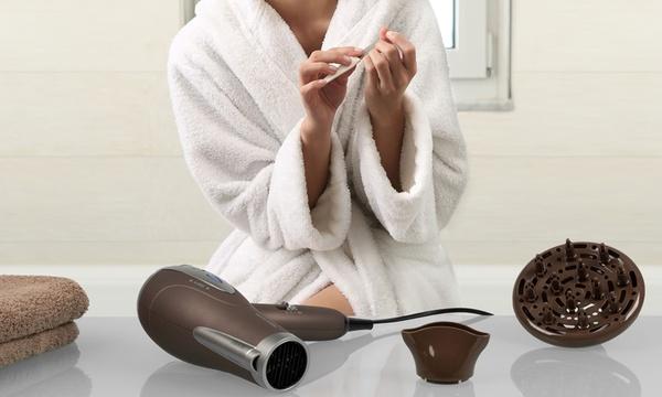 Asciugacapelli Proficare PC HT 3047 da 2200 W, disponibile in 2 colori con diffusore sia per capelli ricci che lisci