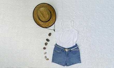 Pantaloncini, canotta e cintura