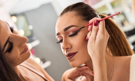Curso de automaquillaje para 1 o 2 personas en Alejandra Makeup & Beauty (hasta 54% de descuento)