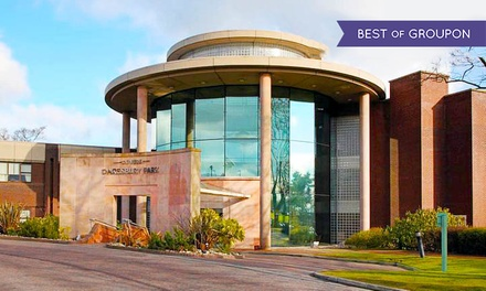 Warrington: 1 Night for Two with Breakfast; with Option for Dinner and Wine at The Daresbury Park Hotel & Spa