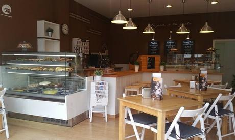 Catering para 12 o 24 personas con 144 o 288 piezas saladas y dulces desde 49,90 € con Pastelería Mi Favorita