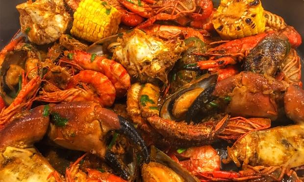 Paper Lobster Bistro: Bayan Baru: Seafood Galore Set with Stone Crab ...