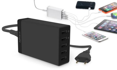 1 o 2 cargadores Avanca con 5 puertos USB con opción a cable de carga 2 en 1