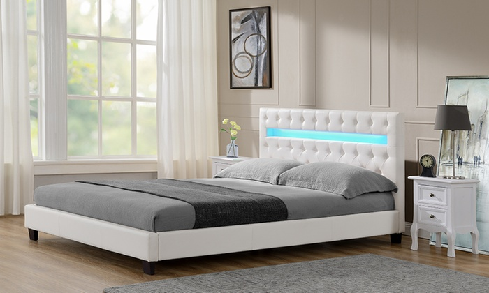 Letto matrimoniale in ecopelle con LED | Groupon