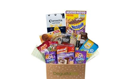 Lote Degustabox con productos de alimentación de primeras marcas