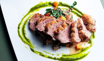 Menu au choix avec entrée, plat et dessert pour 2 ou 4 personnes dès 35 € au restaurant Le Reyna