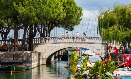 Verona: camera doppia o matrimoniale Classic con colazione o mezza pensione per 2 persone al SHG Hotel Catullo 4*