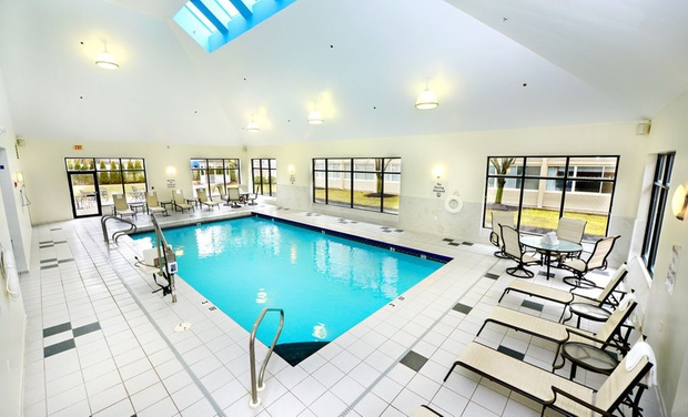 Holiday Inn Hotel Suites Boston Peabody Ma Stay At