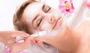 Gesundheits- & Wellness-Zentrum: Spa-Gesichtsbehandlung + Hauttypbestimmung, opt. mit Anti-Aging-Pflege, im Gesundheits- & Wellness Zentrum (60% sparen*)