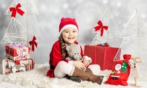 Mahum Studio: Świąteczna sesja zdjęciowa dziecięca lub rodzinna za 119,99 zł w Mahum Studio (zamiast 199,99 zł)