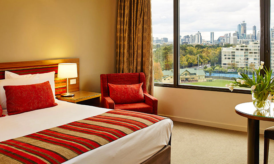 Melbourne: 4-Star City Stay 1