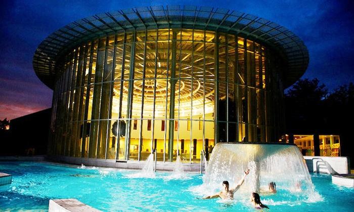 Les Thermes de Spa - Spa: € 29,99 voor een dag ongelimiteerde toegang voor 2 bij Thermes de Spa (waarde € 62)