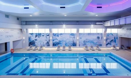 Mazovia: habitación doble clásica o de lujo para 2 con desayuno o media pensión, piscina y sauna en Centrum Falenty