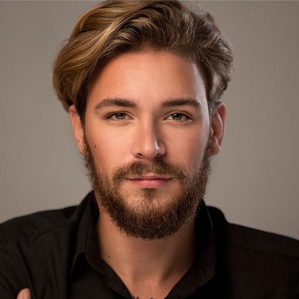 Strzyżenie Brody Włosów I Więcej Salon Pielęgnacji I Urody