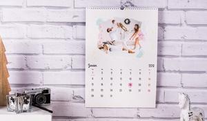 Colorland: 1, 3 of 5 Fotokalenders in  A3 of A4 portrait met maand van aanvang naar keuze vanaf € 1,99