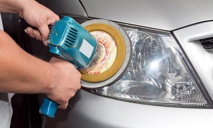 Pulido de los faros delanteros de tu coche por 19,95 € y con lacado y revisión pre-itv por 24,95 €