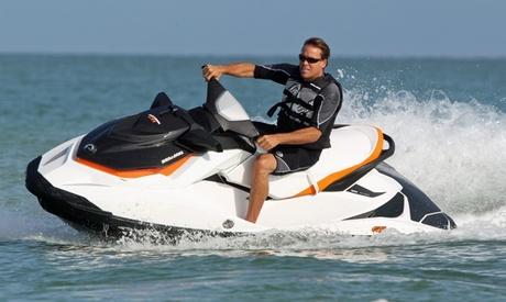 Alquiler de 1 o 2 motos de agua para hasta 4 personas desde 59 € con Sea Riders Oferta en Groupon