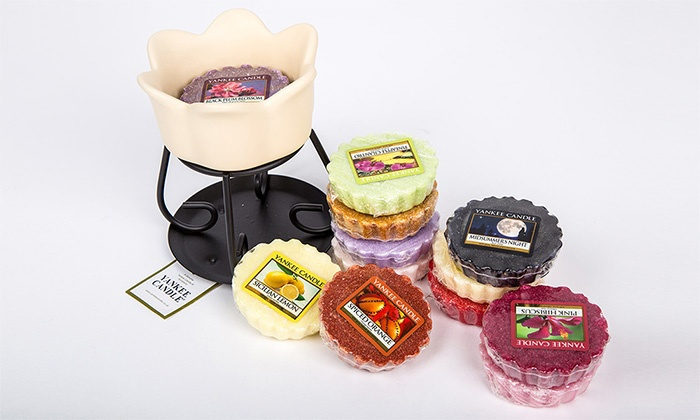 Groupon Goods Global GmbH: Bruciatore e 6 fragranze assortite in cera Yankee Candle
