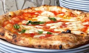 La Terrazza: Menu con pizza a scelta, antipasto fritti misti, dessert e bibita per 2 o 4 persone da La Terrazza (sconto fino a 64%)