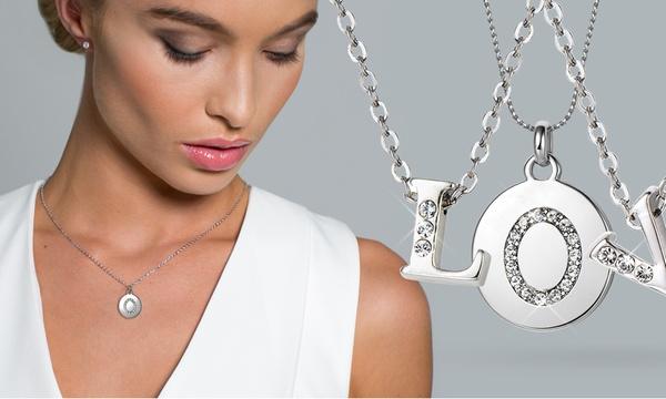 Collier lettre au choix de la marque Mestige orné de cristaux Swarovski®,  avec livraison gratuite