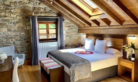Cantabria: 1 o 2 noches en suite para 2 o 4 con desayuno, cava, jacuzzi y piscina en Hotel Suites Valles Pasiegos