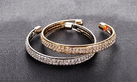 1 o 2 brazaletes decorados con cristales