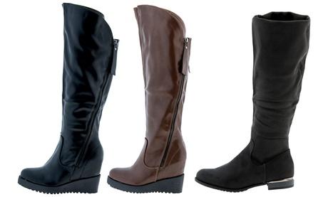 Stivali da donna disponibili in vari modelli e misure